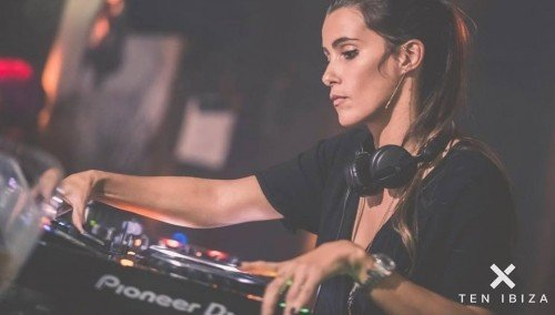 Image publishing: CHECK OUT `SANTOS IBIZA SPECIAL` SET BY DJ SARA DE ARAUJO!