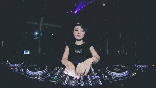 Image publishing: DJ Apsara unploaded her the latest 'AfterDark 033' Mix, find it on Djane Top!