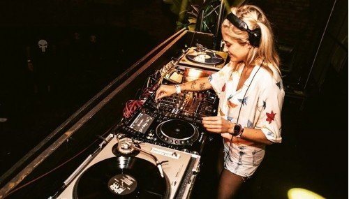 Image publishing: Old School Mix by DJ Abby Nurock is up on DjaneTop!