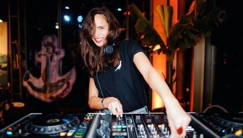 Image publishing: Check out Guest Mix by DJ Nathalie Patty for Chin Chin Club At Home on DjaneTop!