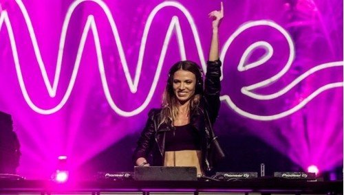 "Image publishing: LIVE SET FROM ""LOLLAPALOOZA CHILE 2019"" FESTIVAL BY DJ MELANIE RIBBE!"